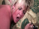 Madura rellenita y guarrona follada por el culo en la primera cita