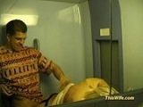 Madura se folla a su marido en el tren, que morbosos que son