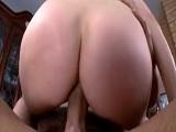 La preciosa madura Ashley Fires esta como loca por hacer un anal