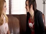 Sexo lesbico entre dos mujeres diferentes pero a la vez cachondas - Lesbianas