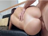 Joder con el culo de la madura latina Juliana Vega, una maravilla