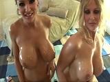 Julia Ann y Lisa Ann follando juntas y muy cachondas - Actrices Porno