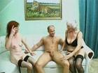 Trio incestuoso con la puta de la abuela