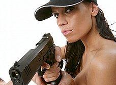Te gustan las mujeres policia? Seguro que esta si