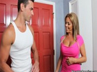 Madura cerda se folla al novio de su hija