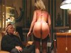 La secretaria madura se deja follar por el jefe